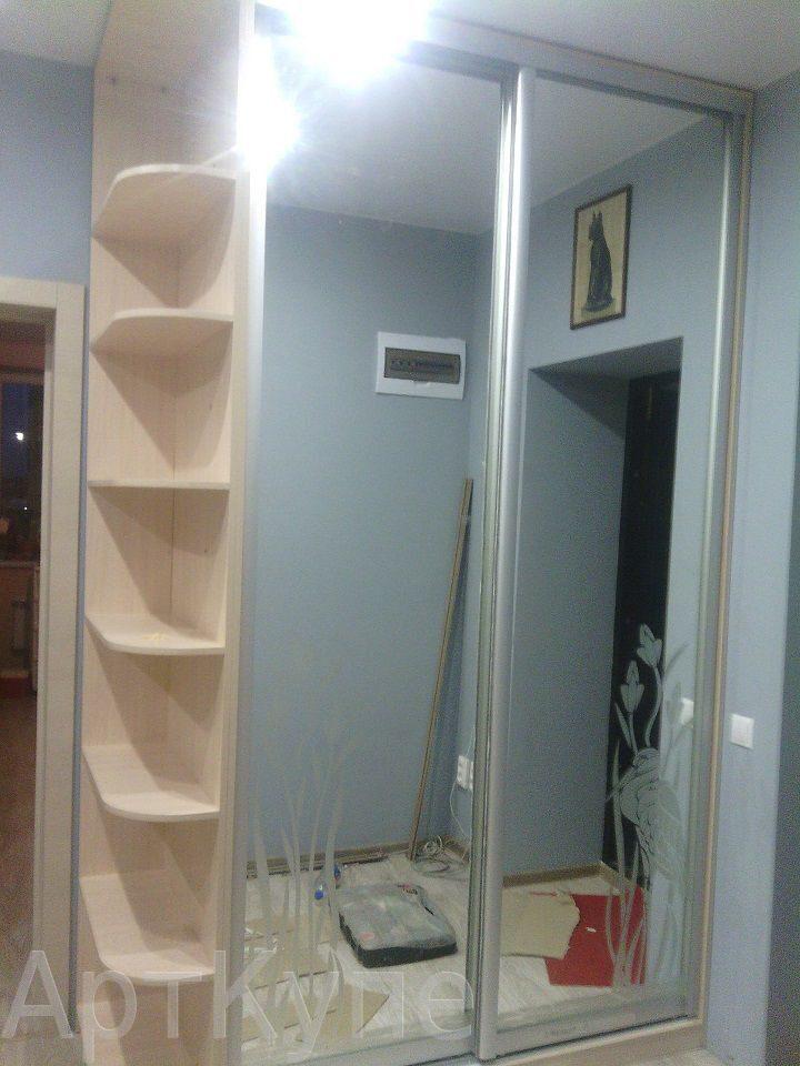 Шкаф купе зеркало с рисунком и угловой терминал шкафы-купе, .